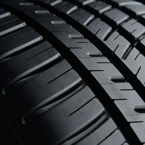 Michelin-Pilot-Sport-All-Season-3-Tread-Detail-2